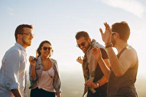 Aumentar maciçamente sua confiança na vida social